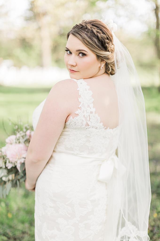 handmade travel themed wedding | Megan Lee Photography | Glamour & Grace