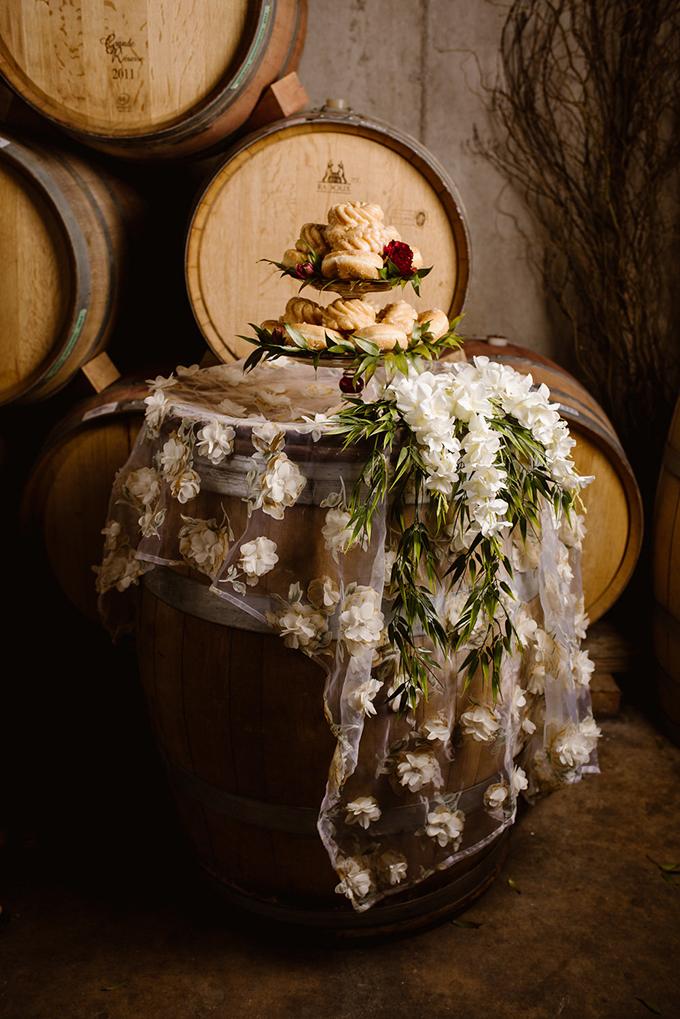 vintage vineyard #fallwedding inspiration | Khristel Studios | Glamour & Grace
