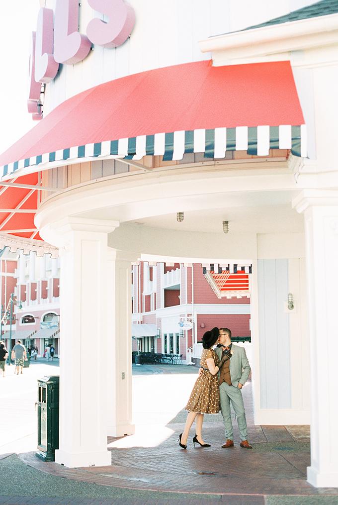 Disney's Dapper Day portrait session | El & Em Photography | Glamour & Grace
