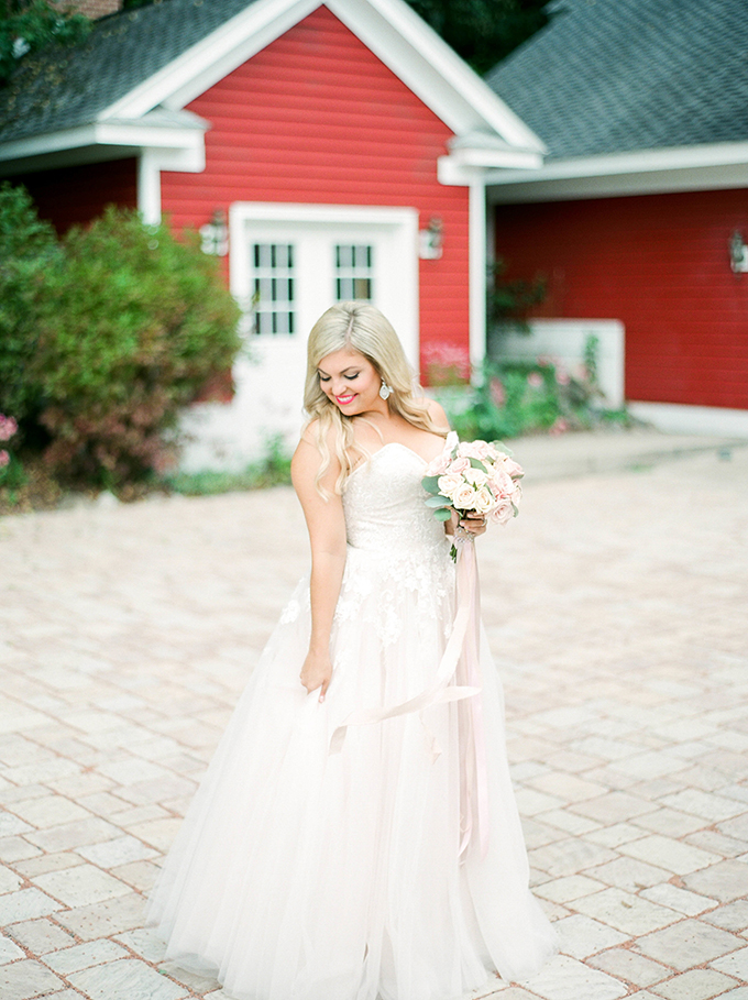 intimate winery wedding | Carrie House Photography | Glamour & Grace