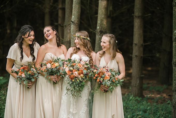 boho barn wedding | Captured By Kelly Photography | Glamour & Grace