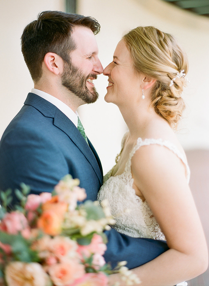 romantic museum wedding | The Ganeys | Glamour & Grace