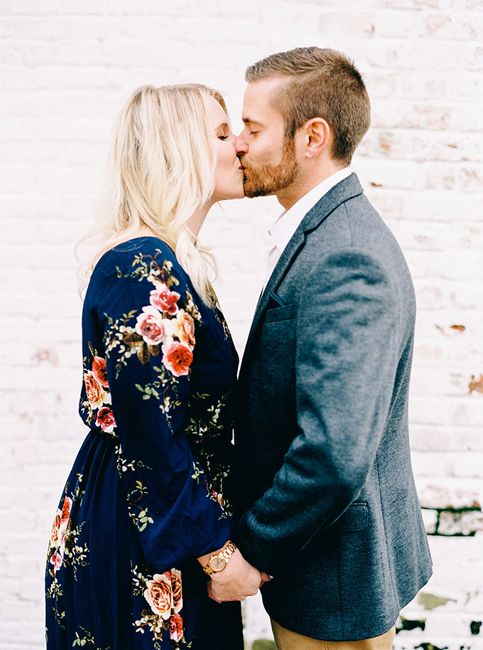 at home Christmas engagement session | Nikki Santerre | Glamour & Grace