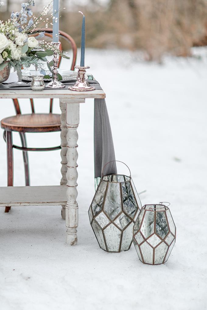 icy blue winter wedding ideas | Simply by Tamara Nicole | Glamour & Grace