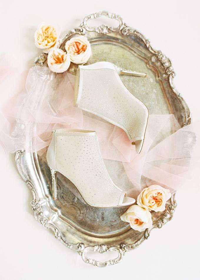 romantic spring wedding ideas | The Mallorys | Glamour & Grace
