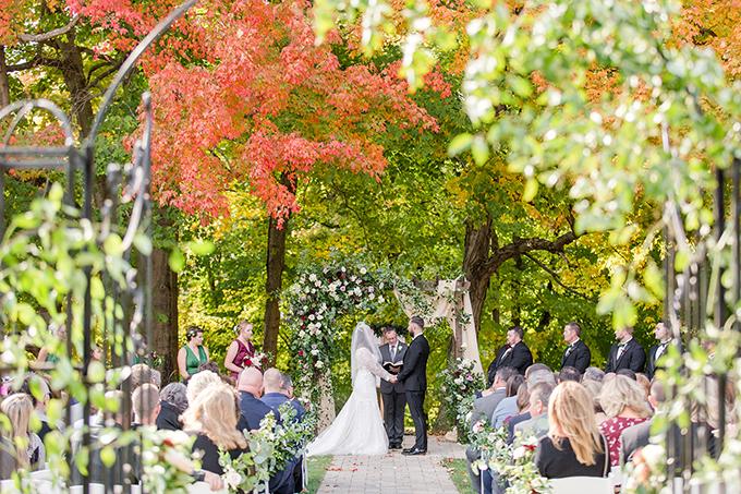 greenery filled fall wedding | Michelle Joy Photo | Glamour & Grace