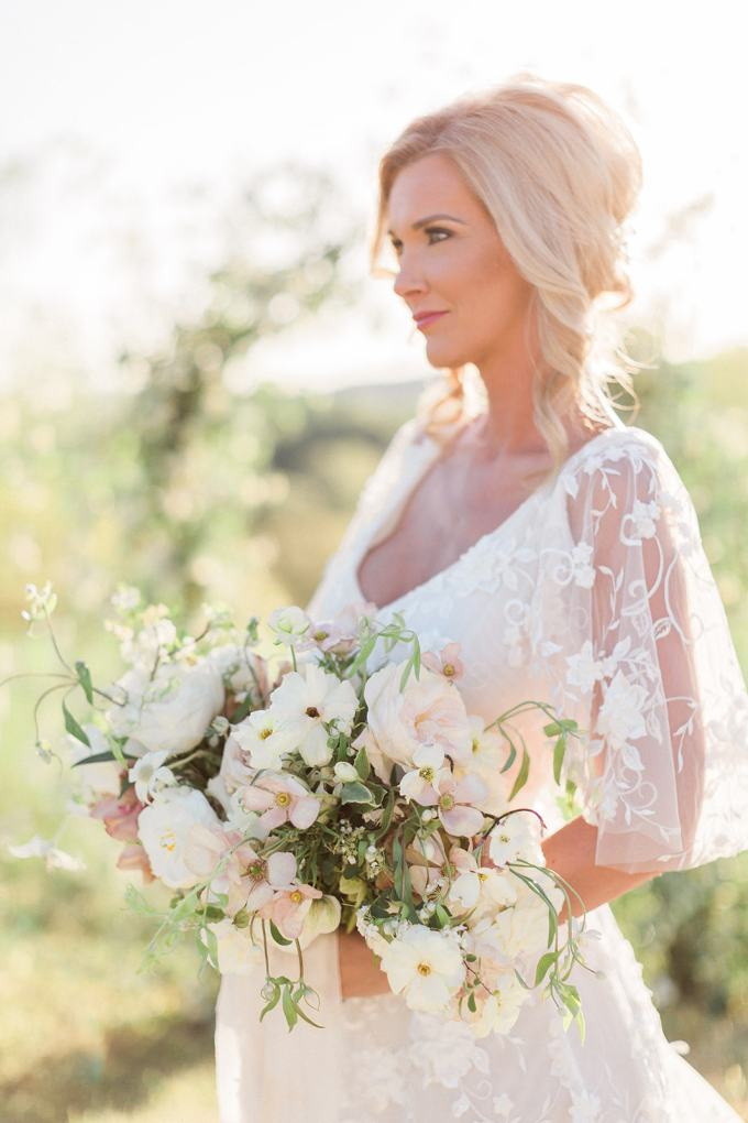 sweet spring farm wedding ideas | Megan Lee Photography | Glamour & Grace