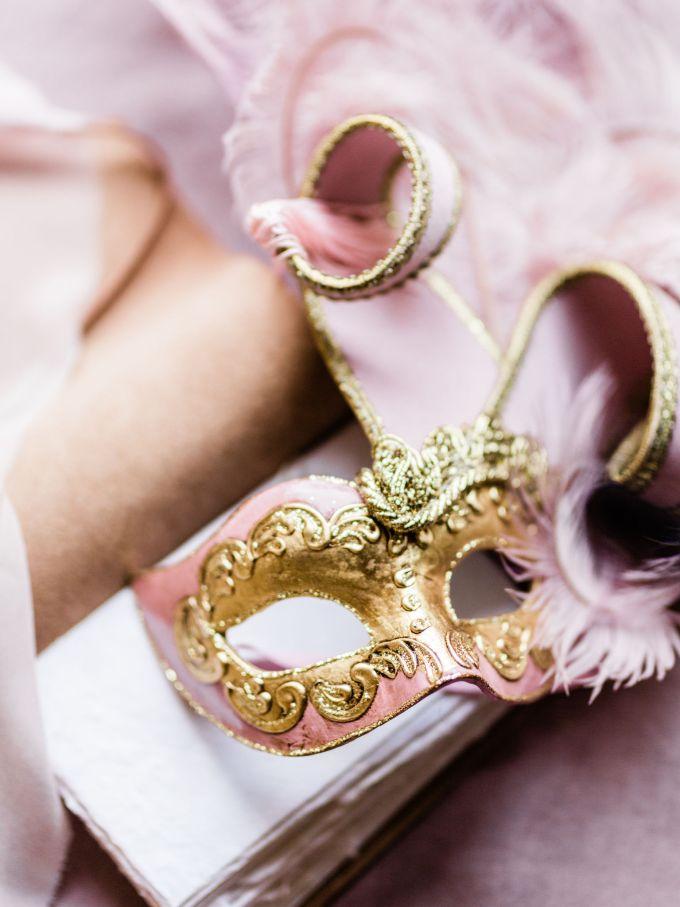 romantic villa wedding ideas-Passionate Wedding Photography-Glamour & Grace