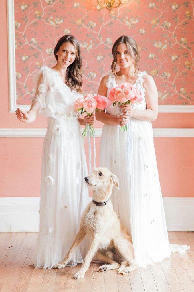 vibrant peach and blue wedding ideas | Maxeen Kim Photography | Glamour & Grace