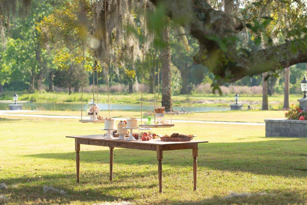 picnic wedding floating table hanging dessert fake wedding
