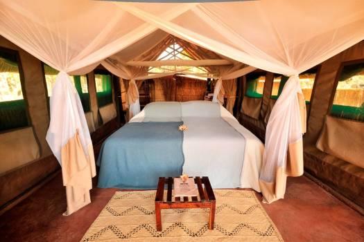 Kakuli Bedroom