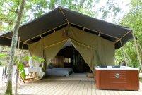 Lodge, deck et spa au glamping Bô Zen Lodge à Biarritz en Aquitaine
