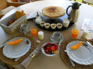 Petit déjeuner au glamping Bô Zen Lodge à Biarritz en Aquitaine