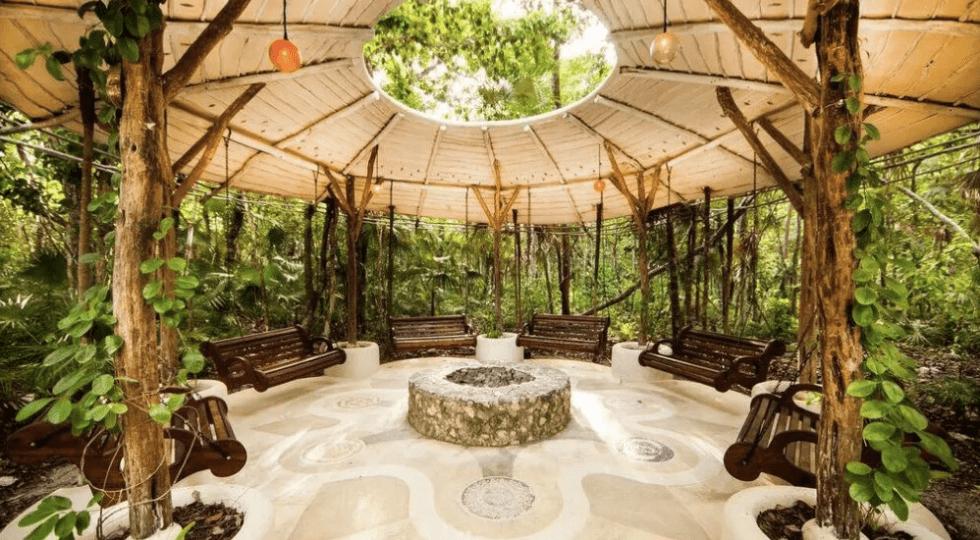 Tulum Yoga: 10 impresionantes yoga Shalas en lo profundo de la jungla