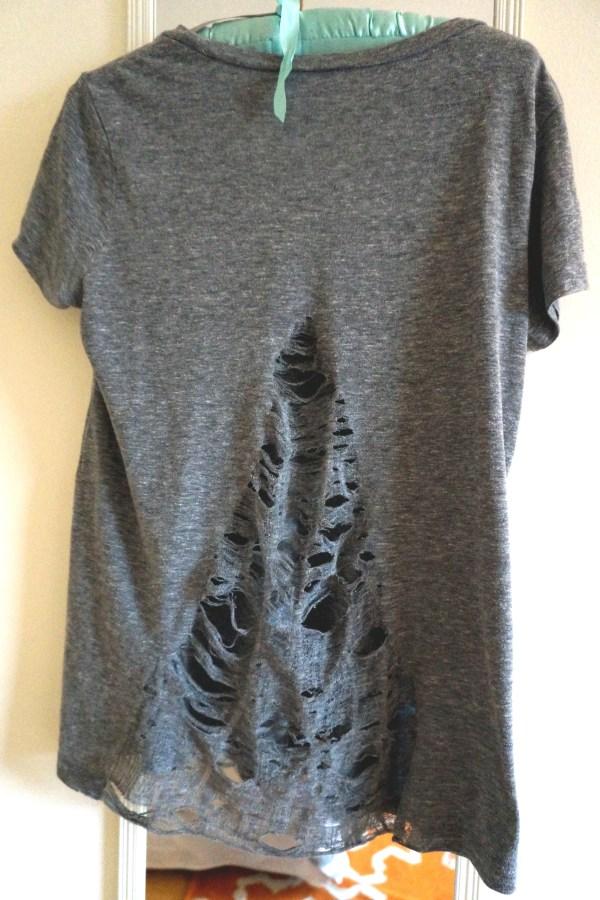 DIY Shredded Back T-Shirt