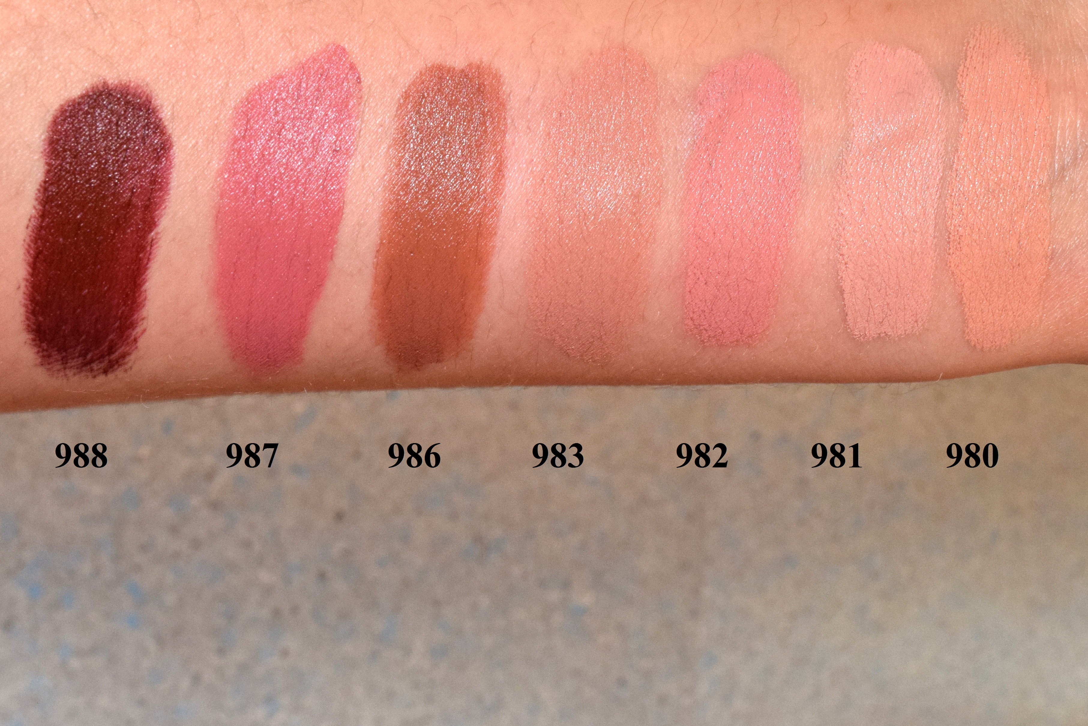 Maybelline Color Sensational Matte Nudes Lipstick Review