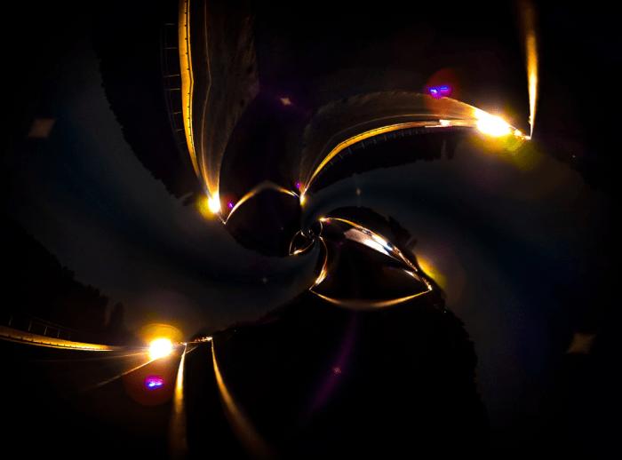 Hubertus Graef: Autos in der Nacht (Kobold) - Fotografie