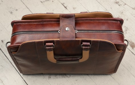 Hand-grained,-hand-colored-sienna-Day-Bag-with-hand-grained-natural-trim;-17-x-12-x-4'-topdown