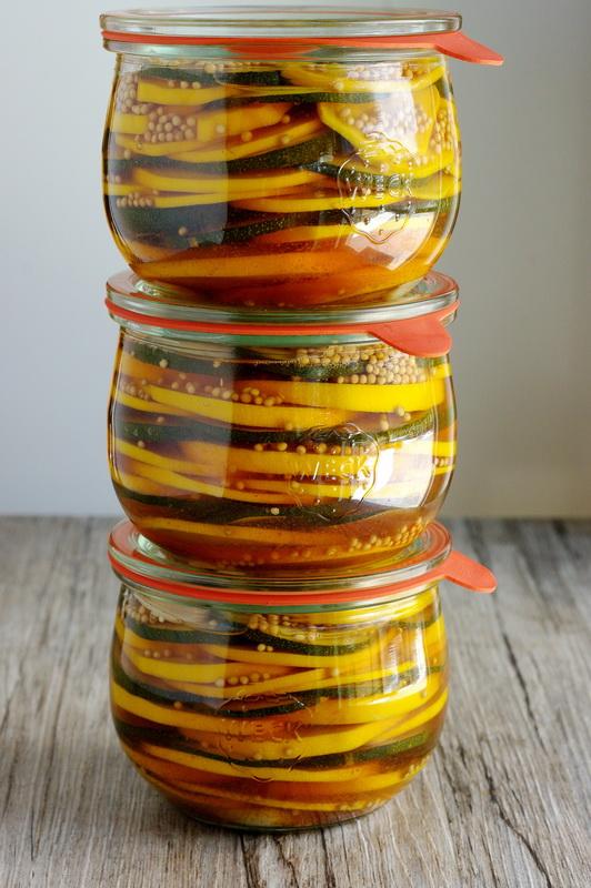 Schichtzucchini süßsauer im Glas