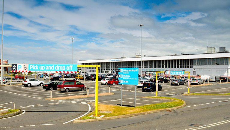 Glasgow-Prestwick-Airport-Car-parking-