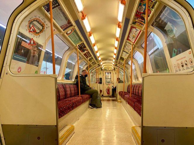 Glasgow subway underground railway