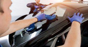 Автомобильные стекла: факторы, влияющие на стоимость, особенности установки