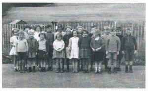Glass Primary School 1942