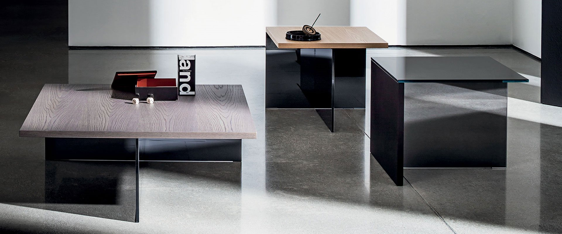 sovet italia glass furniture