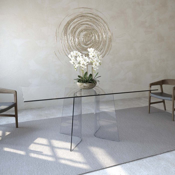 Curved glass Dining room table