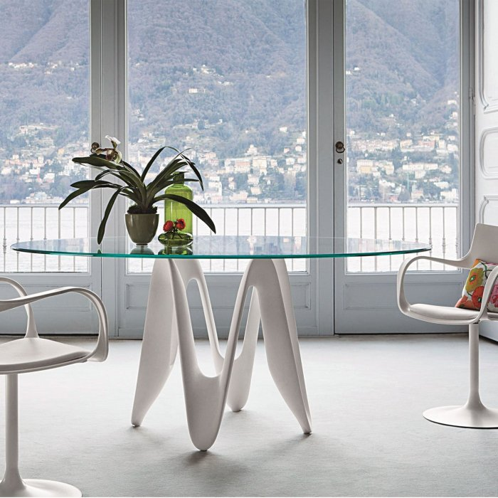 oval glass dining table