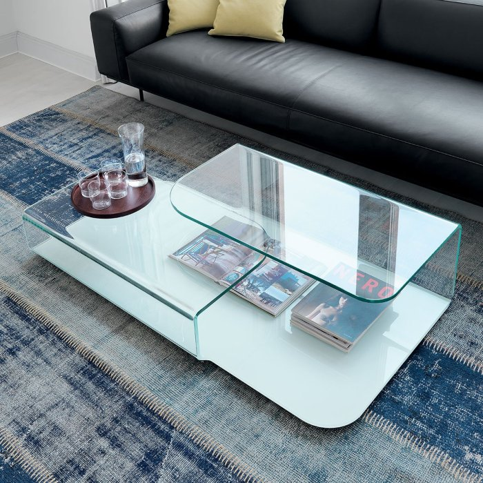 Hug Curved Glass Coffee Table by Sovet Italia