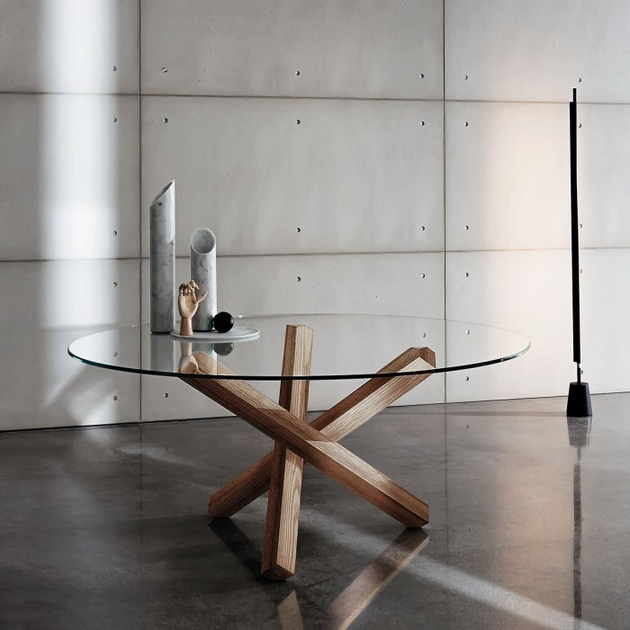 Sovet Italia Aikido Dining Table