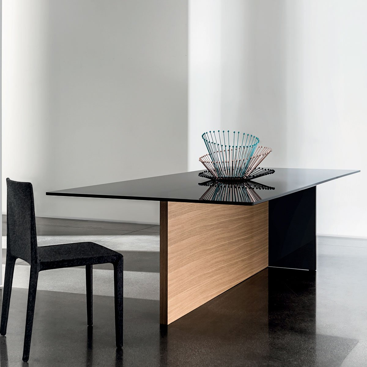 wood and glass dining table regolo