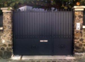 portail-acier-galvanise-sur-mesure