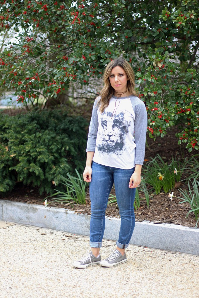 Lifestyle Blogger Roxanne of Glass of Glam wearing The Mindful Tee