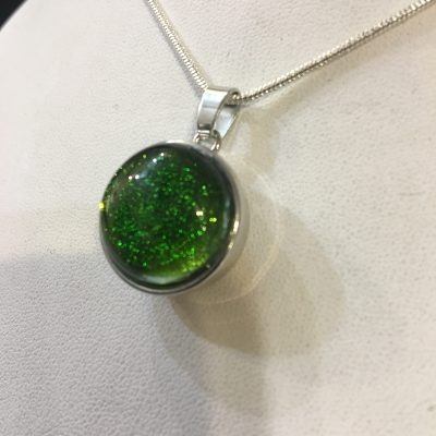 OH Snaps!™ Pendant w/Green Dichroic Glass Stone