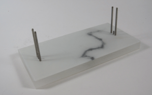 marble print stand