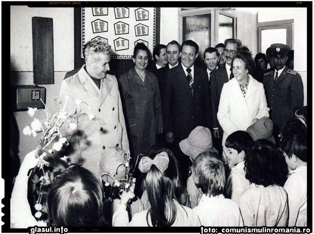 Intreprinderea de tricotaje Miercurea Ciuc, 20 iunie 1978, foto: comunismulinromania.ro