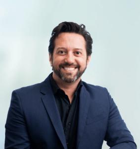 Dr. Alysson Resende, Invisalign Doctor Diamond Emerald, Ortodontia e ortopedia Facial, Dentista de BH