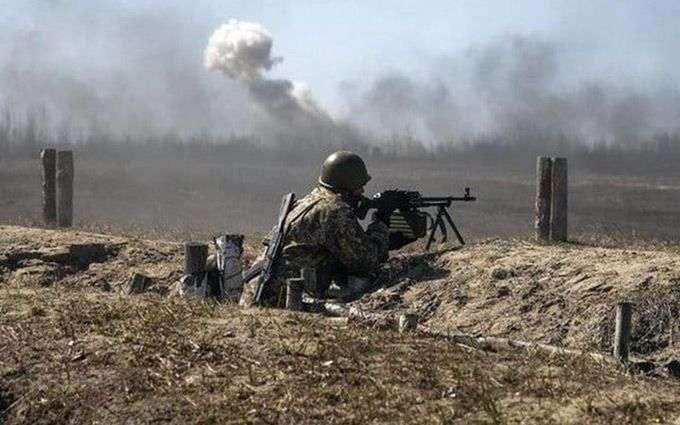 Позиции ВСУ противник обстрелял из гранатомета - Обстрелы на Донбассе: украинские военные открывали ответный огонь