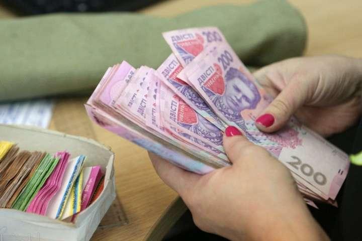Перерасчет пенсий: кому дадут на 850 грн больше