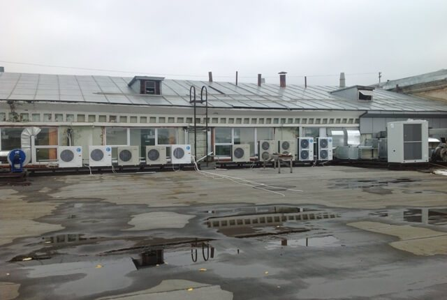 Монтаж системы кондиционирования и вентиляции в цехах завода