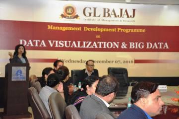 management-devemdp-on-data-visualization-big-data-34