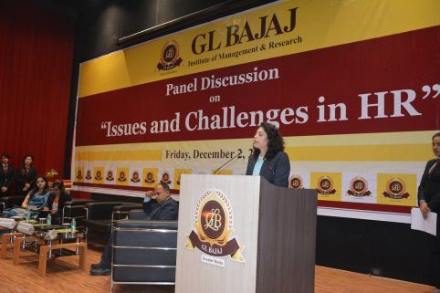panel-discussion-on-issues-and-challenges-in-hr-13
