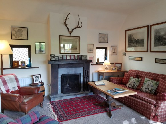 relax in the sitting room at glenlohane self catering cottage
