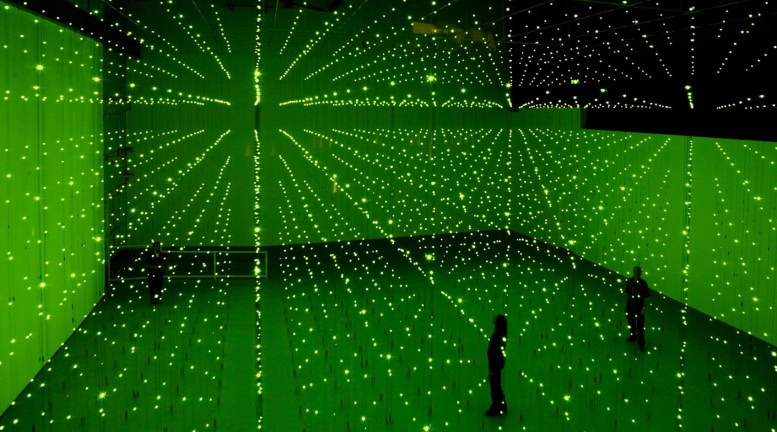 installation by Erwin Redl