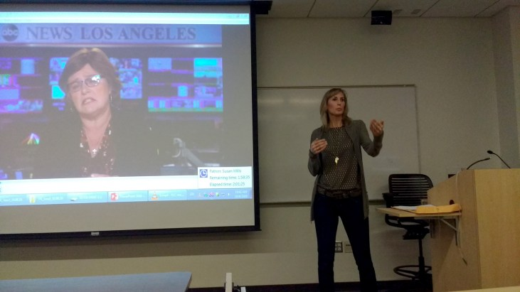 """ABC7 Eyewitness News general assignment reporter Leanne Suter speaking in CSULB room HSCI-105 to a group of faculty and students about television interviews and """"Telling your story in sound bites"""""""