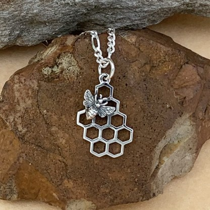 Sterling Honeycomb with Honeybee