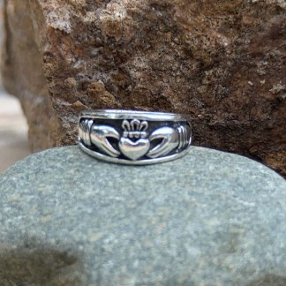 Sterling Claddagh Band Ring