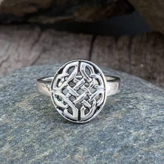 Celtic Knot Design Ring